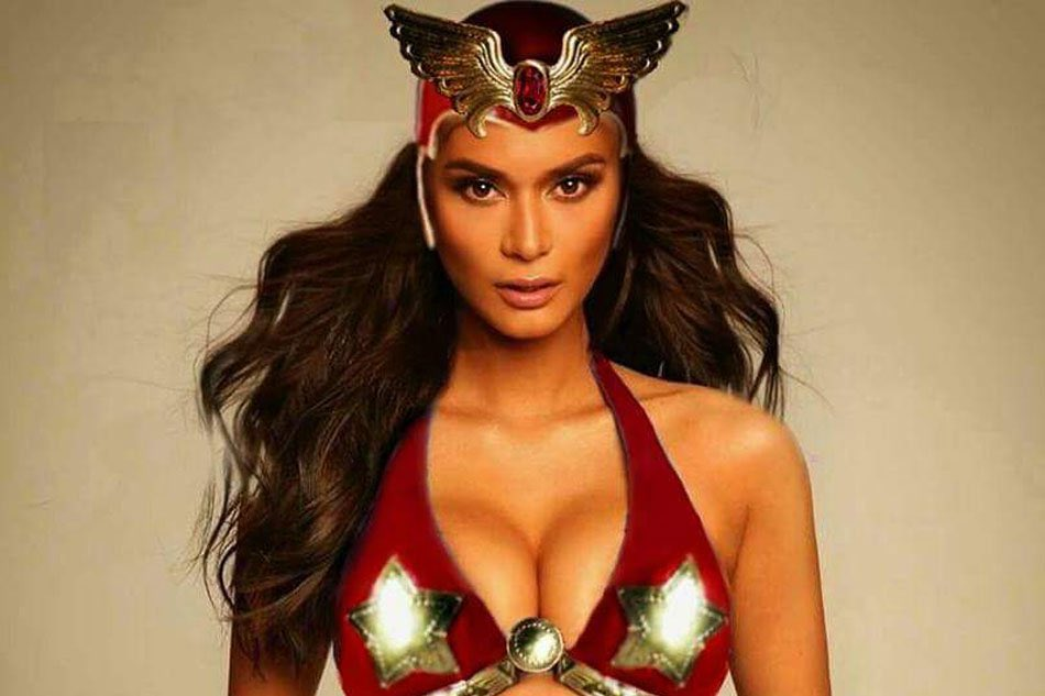 So both Pia and Cat can be a good contender for #Darna so let's settle this once and for all. Who do you think from our #MissUniverse can do the role?  Like for Catrion Gray @catrionaelisa  RT for Pia Wurtzbach @PiaWurtzbach<br>http://pic.twitter.com/bHTNlOl12k