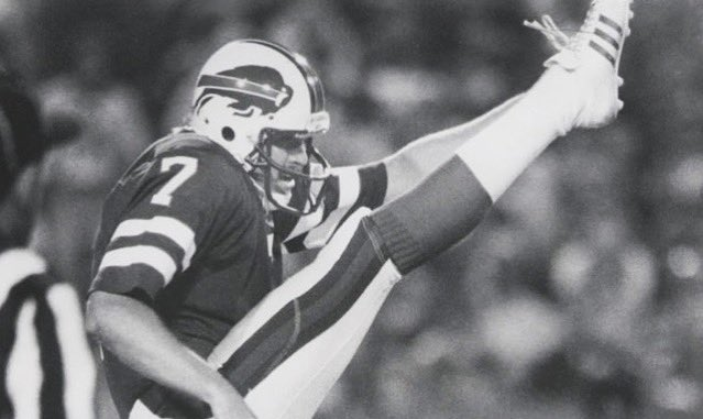Happy Birthday to 1980 10th round pick, P, Greg Cater ! ('80-'83) #BillsLegends
