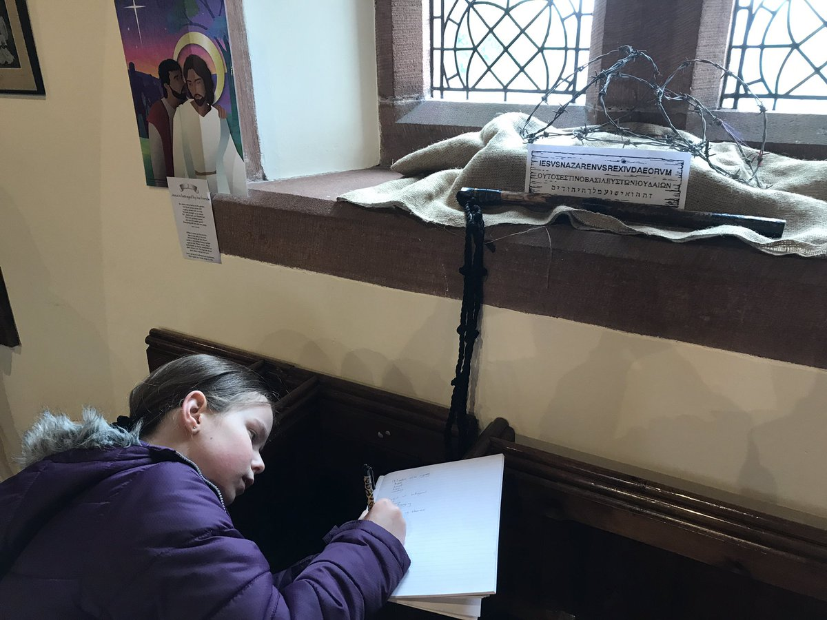 The Adventurers visited St Nicholas church today to reflect at each station of the cross #HolyWeek<br>http://pic.twitter.com/9F3fXHGCko
