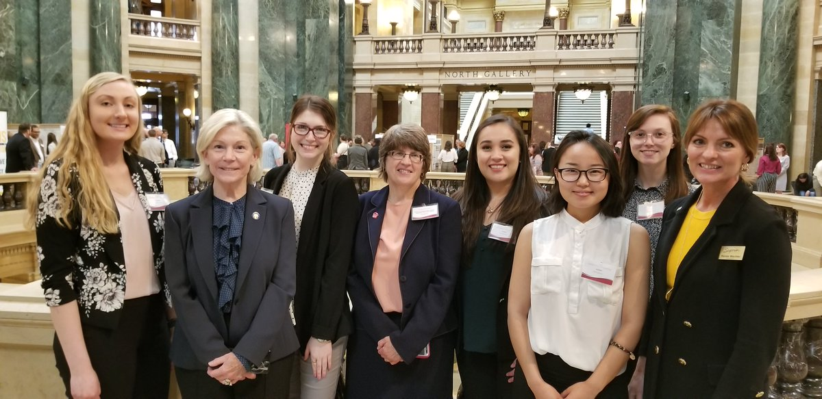 Great to participate in today's 16th annual Research in the Rotunda in Madison. Thank you, @JanetBewley4WI #UWSystem #RITR2019 #UWResearch #AllinWI #WITalentPipeline https://t.co/xcqmPPjaLe