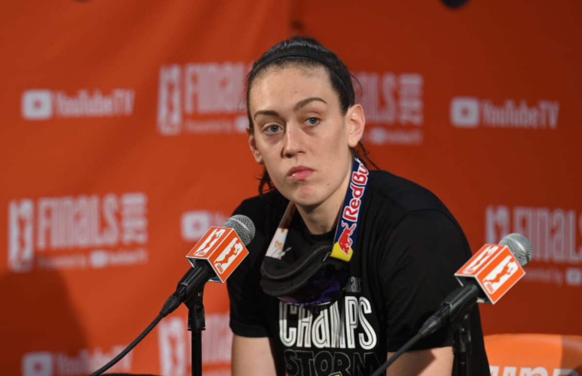 Women basketball players are being severely underpaid to the point where they have to overwork themselves by playing in multiple pro leagues.   WNBA MVP Breanna Stewart ruptured her achilles playing overseas with the WNBA season around the corner.  More:  http:// cmplx.co/1bnrAEC  &nbsp;  <br>http://pic.twitter.com/I6azKGF7VH