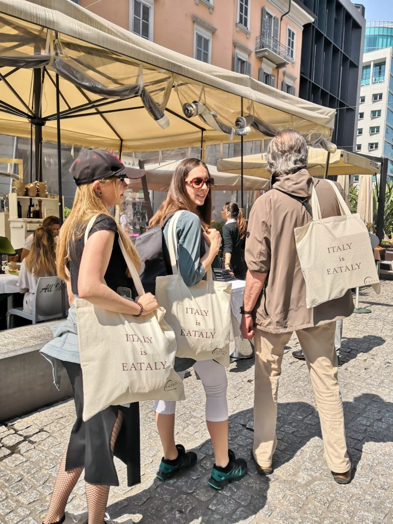 Nach dem #Shopping im EATALY #Mailand