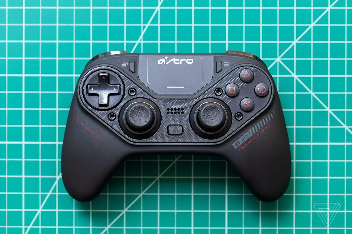 Astro C40 TR review: a PS4 pro controller to rival the Xbox One Elite