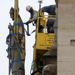 France: cinq ans pour reconstruire Notre-Dame, est-ce réalisable? Pour beaucoup d'experts, il faudrait au moins dix ans, d'autant que les corps de métiers indispensables pour la reconstruction du monument sont en manque de main-d'œuvre https://t.co/y3arHTlipC via @RFI #NOTRE_DAME