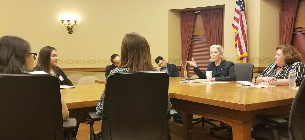 While in Madison for today's Research in the Rotunda, UW-Superior students were able to meet with @JanetBewley4WI &amp&#x3b; @NickMilroy and @beth_rep staff members. #UWSystem #RITR2019 #UWResearch #AllinWI #WITalentPipeline https://t.co/NLbnyD5Cwc