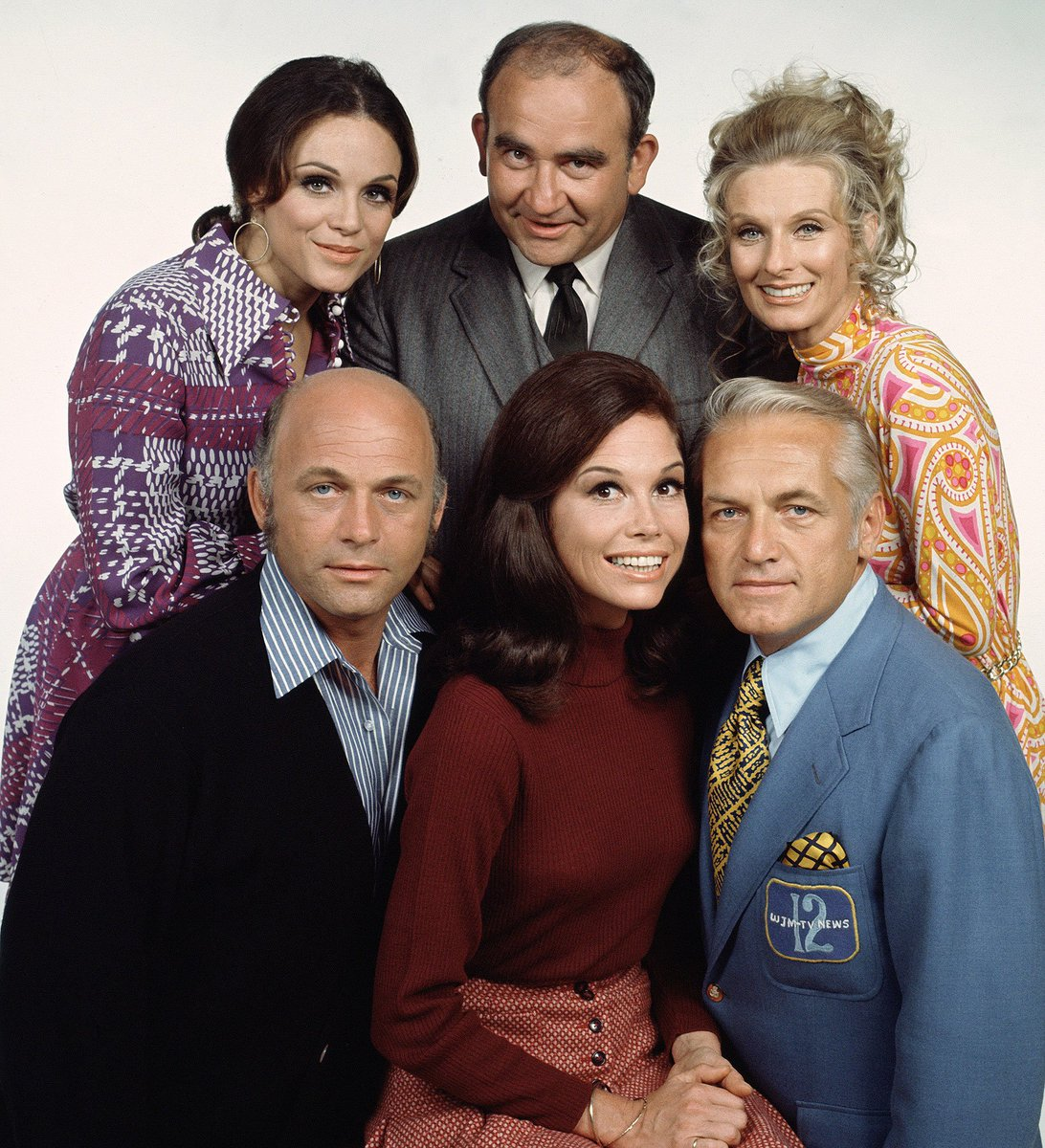 Ages of Mary Tyler Moore cast at the time this photo was taken: Front row: 39, 33, 46 Back row: 30, 40, 44