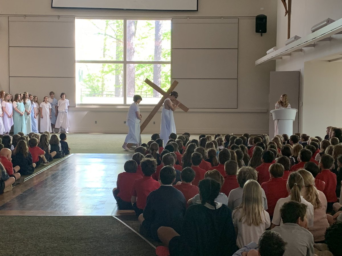 The eighth grade did a beautiful job with the Passion Play this morning. #ollsraleigh #catholicschool<br>http://pic.twitter.com/axuLeAdwVb