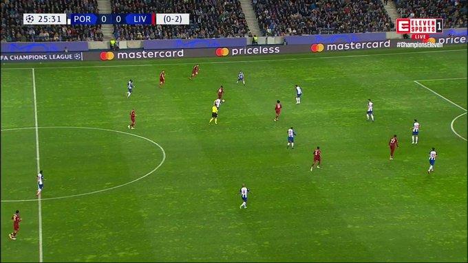 D4YPGKEU4AEOUUm?format=jpg&name=small Liverpool goleia (4-1) FC Porto e está nas meias-finais da Champions