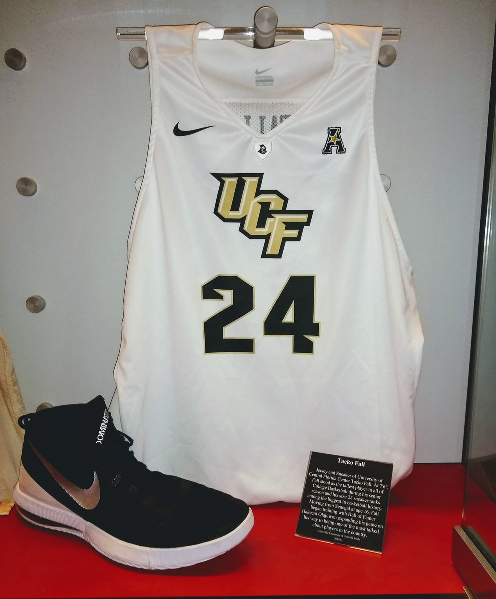 A special thank you to @UCF_MBB for allowing us to display @tackofall99 jersey from this season. Did you know his size 22 sneaker ranks among the biggest in basketball history? 👟 #HOFArtifact