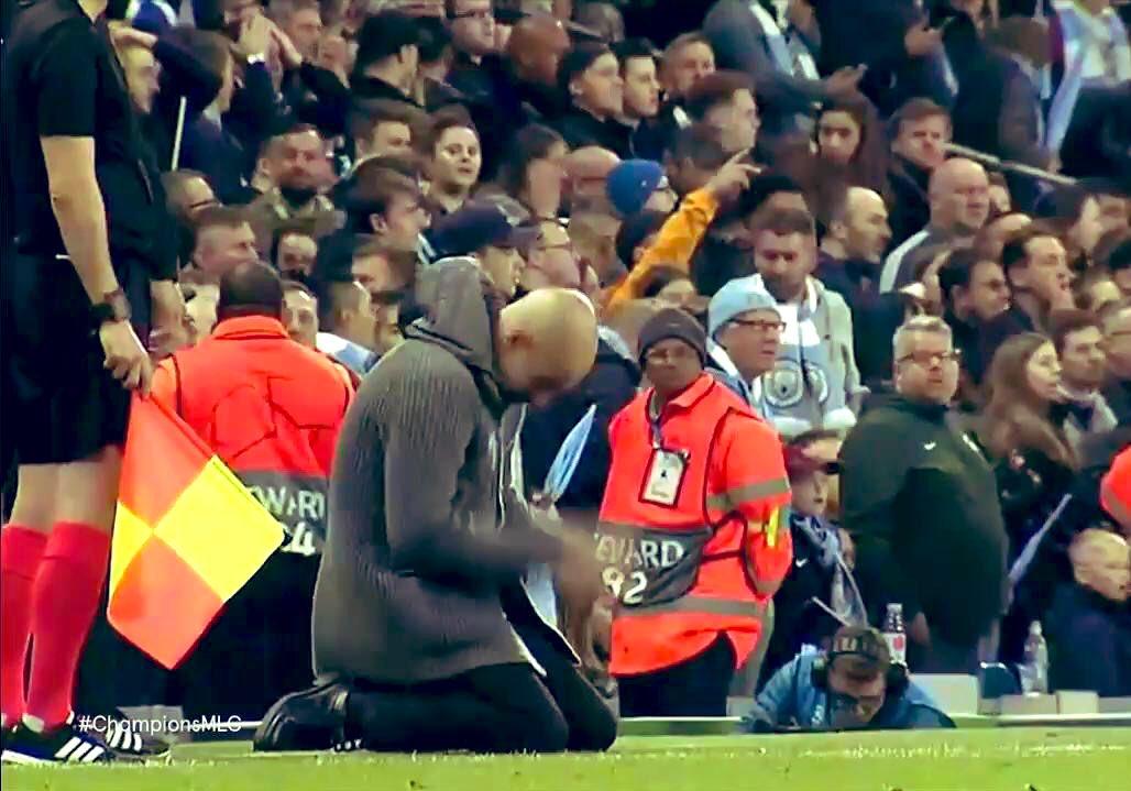 El fútbol es ese deporte ...donde pasas de héroe a villano en un segundo  Es ese deporte...donde sólo gana uno...y para los críticos, los que no ganan ...fracasan  Ese deporte donde te valoran por los resultados y no la forma de cómo intentar conseguirlos  NO eso NO es el fútbol