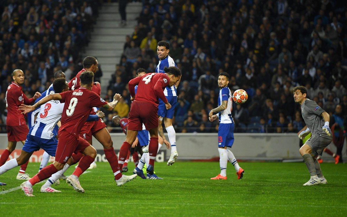 LIGUE DES CHAMPIONS UEFA 2018-2019//2020 - Page 11 D4ZEQ56XoAE17CS