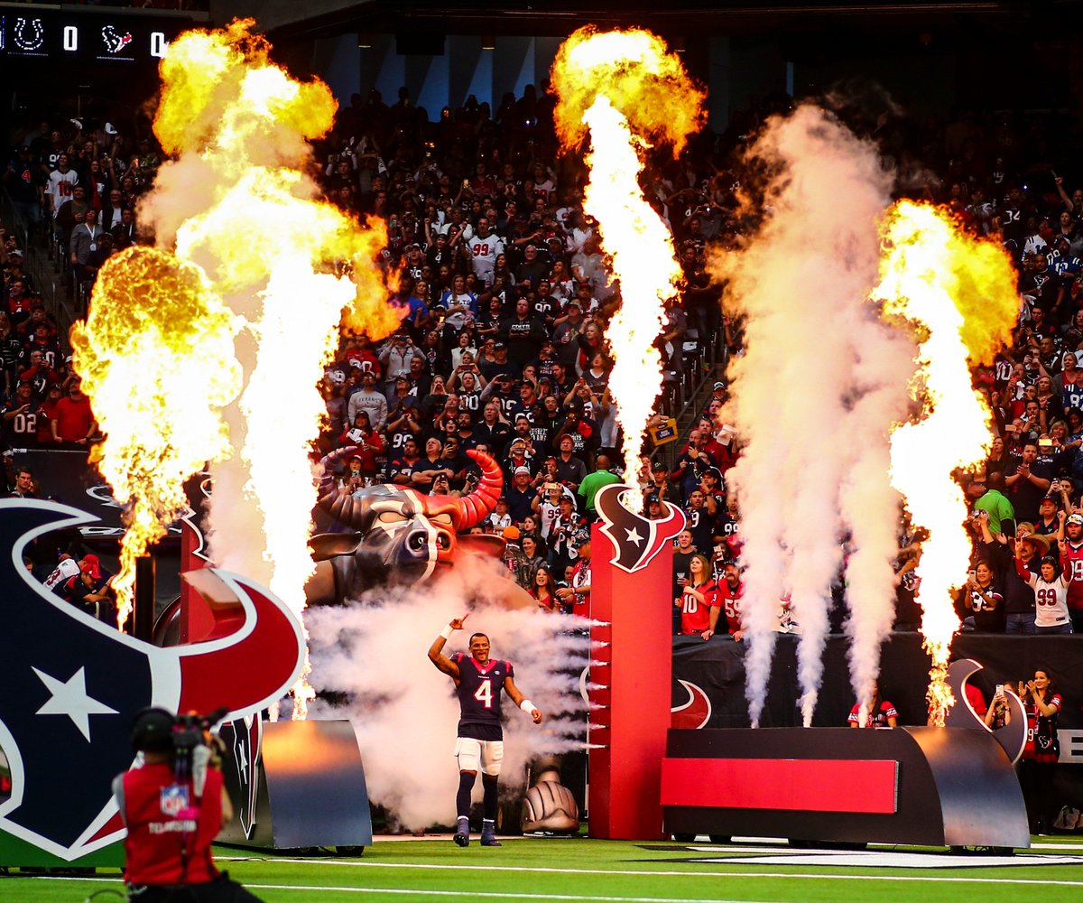 The Houston #Texans 2019 schedule features four primetime games:   - Week 1 at New Orleans Saints (Monday Night Football) - Week 9 at Jacksonville Jaguars (London) - Week 12 vs Indianapolis Colts (Thursday Night Football) - Week 13 vs New England Patriots (Sunday Night Football) <br>http://pic.twitter.com/wipqP3httA