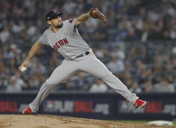 Nathan Eovaldi's night ends on 8 consecutive retired batters.  6 IP, 3 H, 0 ER, 0 BB, 6 K <br>http://pic.twitter.com/WocQvNpbqO