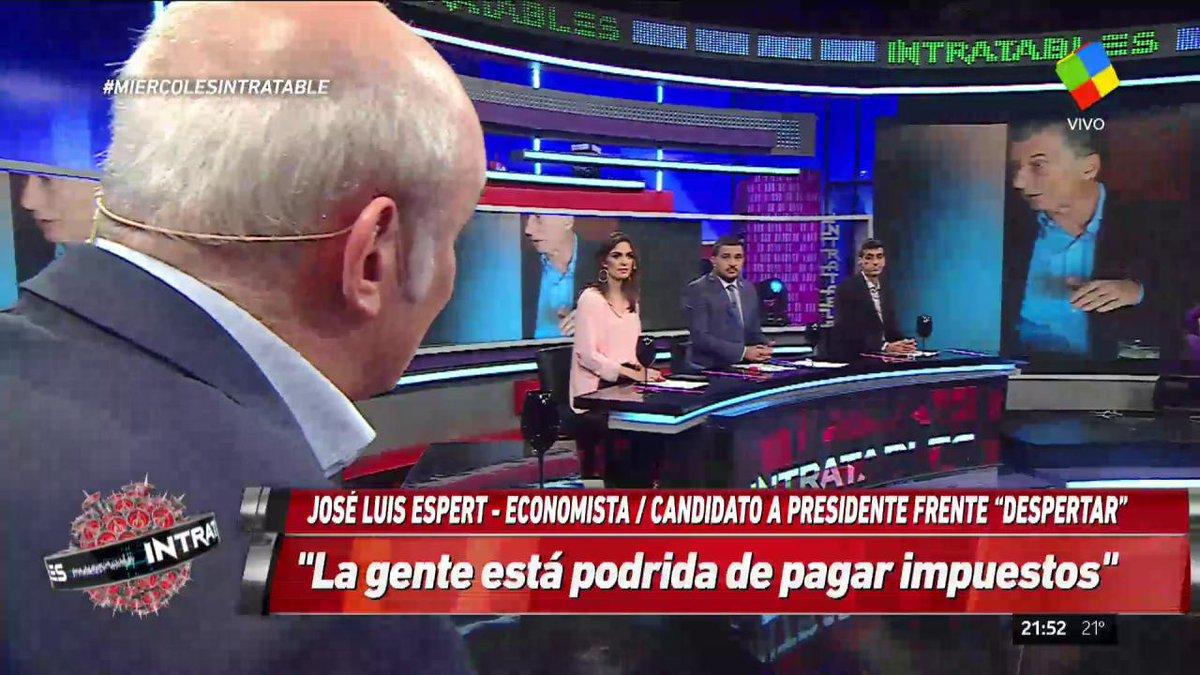 América TV 📺's photo on #MiercolesIntratable