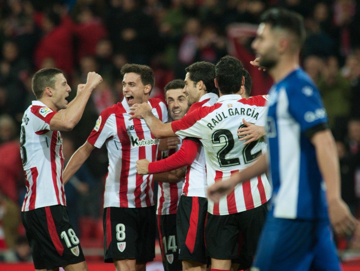 💡 Saviez-vous que... l' #AthleticClub a marqué 3⃣6⃣   buts contre l'@Alaves à San Mamés et en a encaissé seulement 9⃣  ? 🦁🔴⚪ #AthleticClub #AthleticAlavés #GoruntzBegira💪🦁