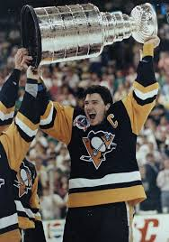 #SPORTSTBT - 1989   Penguin Mario Lemuix ties NHL playoff record of 4 goals in 1st period. @ALawRadio