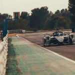 Track action mode is in full swing - the Porsche Formula E challenger hits the circuit. @PorscheFormulaE @FIAFormulaE #ABBFormulaE #circuitocalafat #spain @neeljani @BrendonHartley
