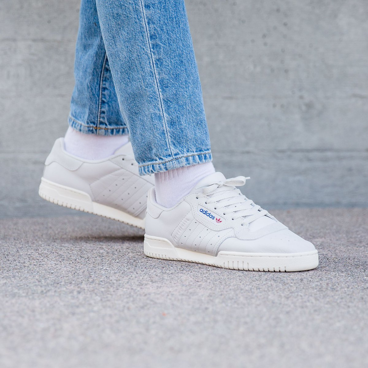 4fbd60e6 Another new 1 online! Adidas Powerphase - Grey One/Grey One/Off White
