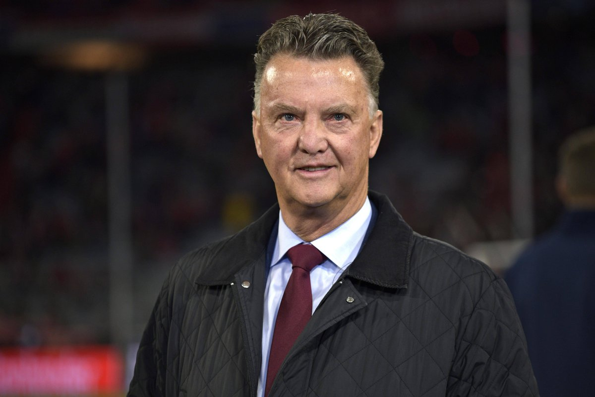 """""""You had to see that Ajax side (of 1994/95) to realise how good it was.""""  In a fascinating exclusive interview, Louis van Gaal talks club success, @OnsOranje insights from the 2014 #WorldCup and potential return for Qatar 2022 🏆  👉https://fifa.to/e/qbkVzdBIYV"""