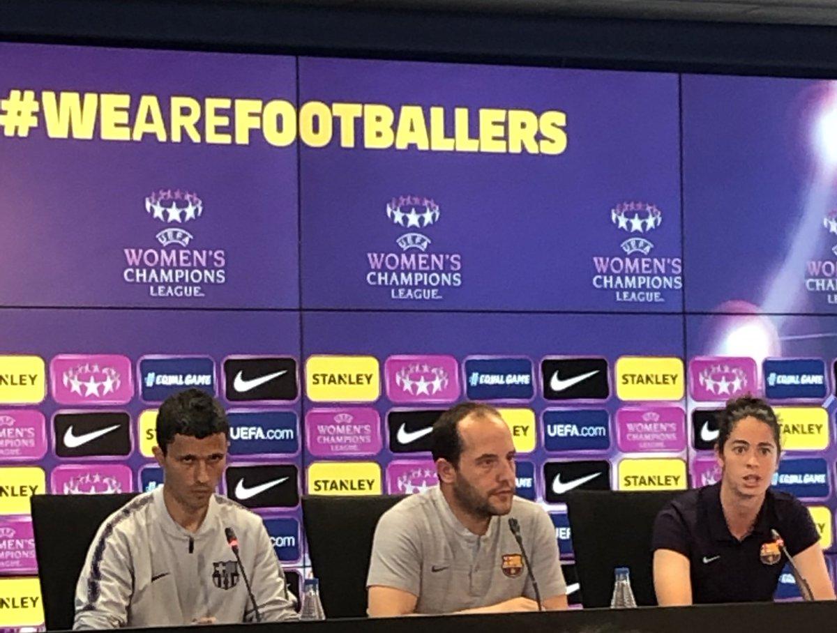 """🎙RDP Lluis Cortés: """"Hemos de ser valientes, si tenemos que morir; moriremos con nuestras ideas y nuestro estilo.""""   #FCBFemeni #wearefootballers"""