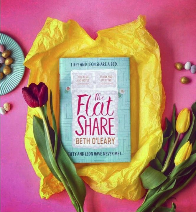 💜📚🎉 Uplifting fiction lovers, meet your new favourite book.  #TheFlatshare by @OLearyBeth is published today. An effortlessly funny, moving and unforgettable read, you're going to fall in love with the characters and close the book with a smile. Cannot recommend it enough. ❤️