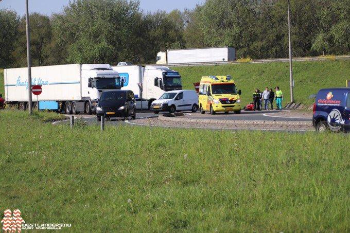 Motorrijder licht gewond bij ongeluk Coldenhovelaan https://t.co/LuvaFMZFNm https://t.co/quXR8p3NIj