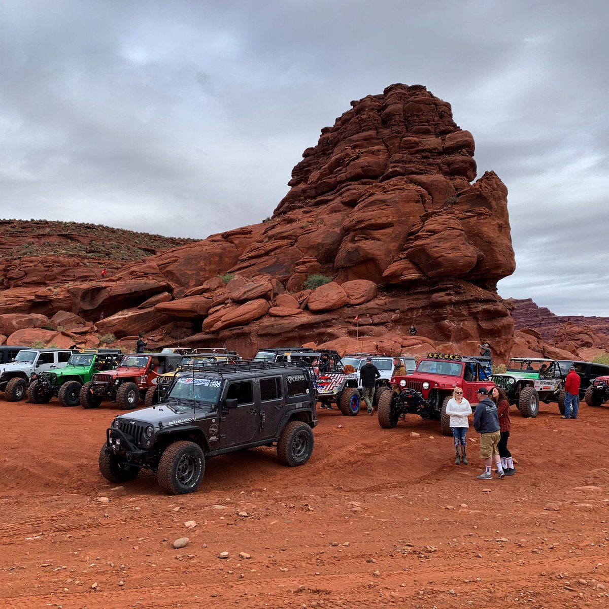 The scene before we hit the trail (yesterday morning) with @bfgoodrichtires at #EasterJeepSafari in #Moab. #kanecreek #ejs2019 #builtonBFG #km3 #jeep #offroad<br>http://pic.twitter.com/sZWyVZS6rv