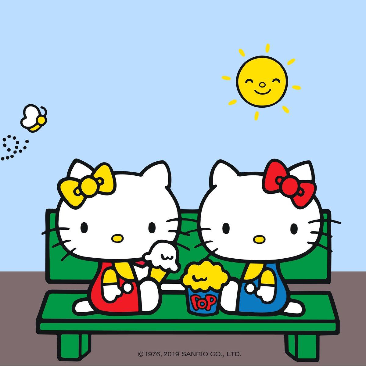 c49ed90846a Hello Kitty Europe ( WeRHelloKitty)