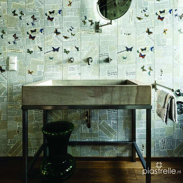 A beautiful combination of simple materials with richly decorated wall tiles from Fornasetti that turns this bathroom into a pleasant quirky space. __ #fornasetti #ultimenotizie #giornale #bardelli #decorativetiles #printedtiles #largewashbasins #washbas… http://bit.ly/2Dw4lWv