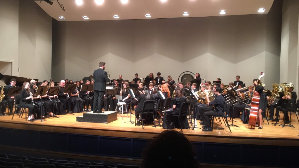 """The combined @NKUSOTA Symphonic Winds and @BCHS_Rebels1955 Wind Ensemble performing Cincinnati native, Henry Fillmore's """"The Klaxon"""" So much fun!! <br>http://pic.twitter.com/v0POWtAt59"""