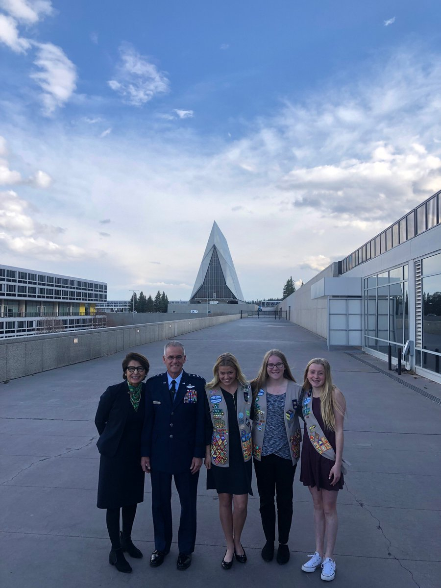 .@SylviaAcevedo  joins the superintendent of the @AF_Academy Lt. Gen Jay Silveria and @GSColo Girl Scouts while attending @PaloAltoNtwks #Cybersecurity Summit.