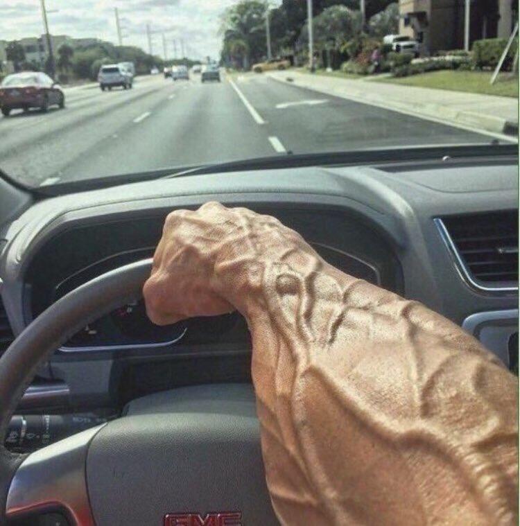 как картинка мужские руки смешные мрачный ландшафт