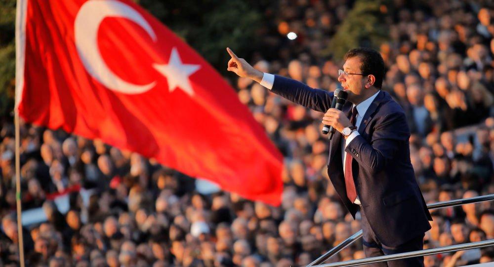 İmamoğlu: Demirtaş'ın siyasette aktif olduğu dönemde çizdiği çizgiyi beğenenlerden biriydim https://sptnkne.ws/mneJ