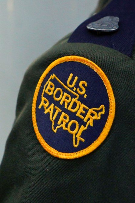 #BorderPatrol agents from @CBPElCentro Sector arrested a man suspected of smuggling 102lbs of meth at the Highway 86 immigration checkpoint. http://bit.ly/2ItIGlM