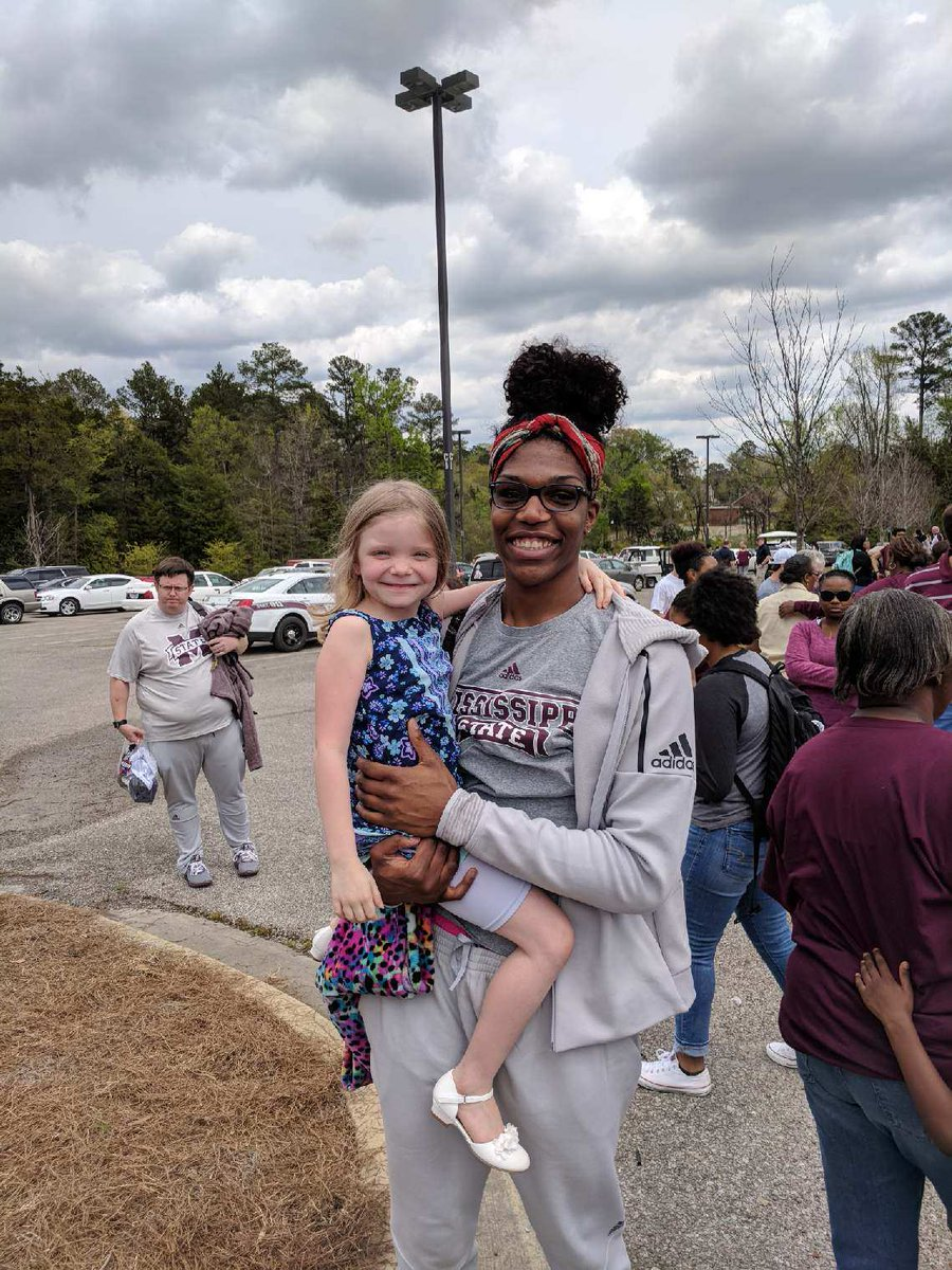 If you want a female role model on dedication, @Teaira_15 is the best one I know. This lady puts in the work at every aspect of her life! No matter if it is basketball, sass, self worth, school, growth, etc, she is dedicated to being her best! Can't wait to see her BEAST!