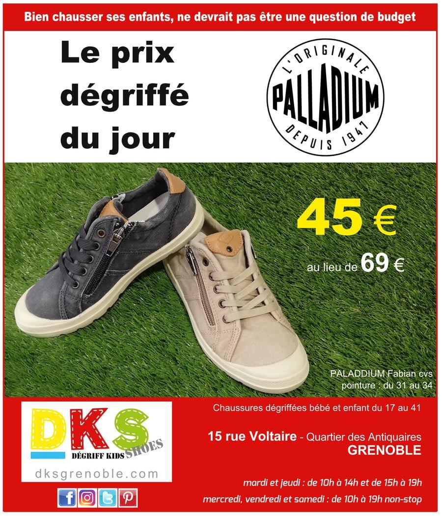 93ca7d3a0b3 ... pratiques + le lacet pour adapter parfaitement la chaussure sur le  pied.  Kids  Shoes  grenoble  chaussuresgarcon  chaussuresenfant  chaussures   enfant ...