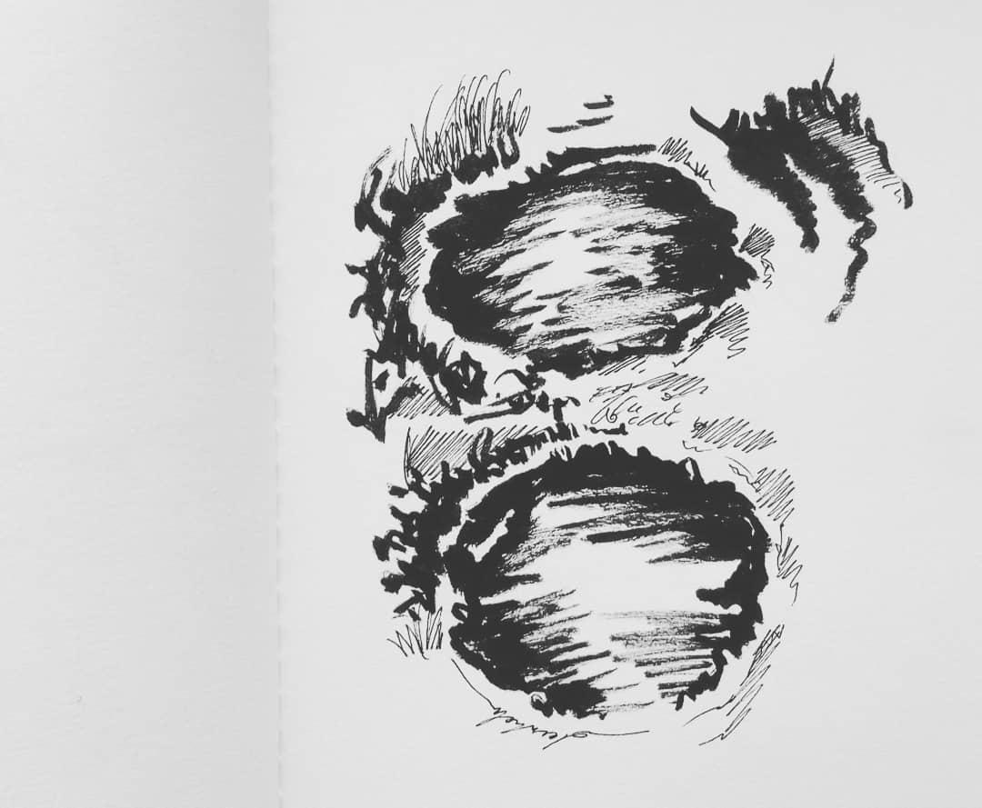 Puddles & mud #artstudy #dailysketch #dailyillustration #puddles #mud #comics #comicbook #comicbookproject https://t.co/9aJklxAdR8