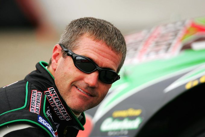Will one of your #NASCARHOF votes be cast for Bobby Labonte?  Make your picks: https://t.co/rqVfgJMS63