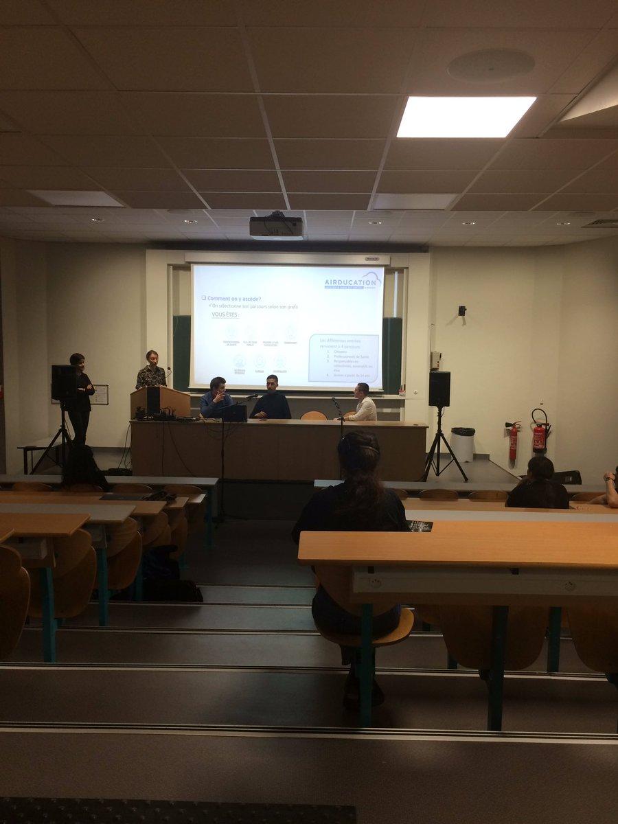 Ciné-débat #minecraft @UPECactus a l'occasion des #LdelaNuit avec @airducation  http://www.airduction.eupic.twitter.com/sa1jg1HiTY