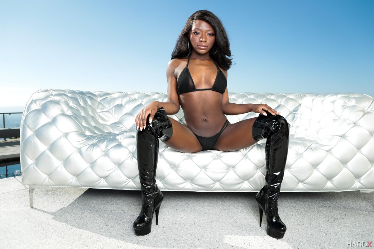 Ebony booties pics has