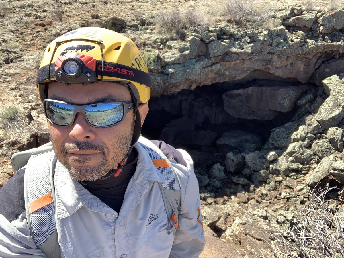 Just wrapped up my first set of experiments inside lava tubes New Mexico. Thus far, the data is aligned with my hypothesis.