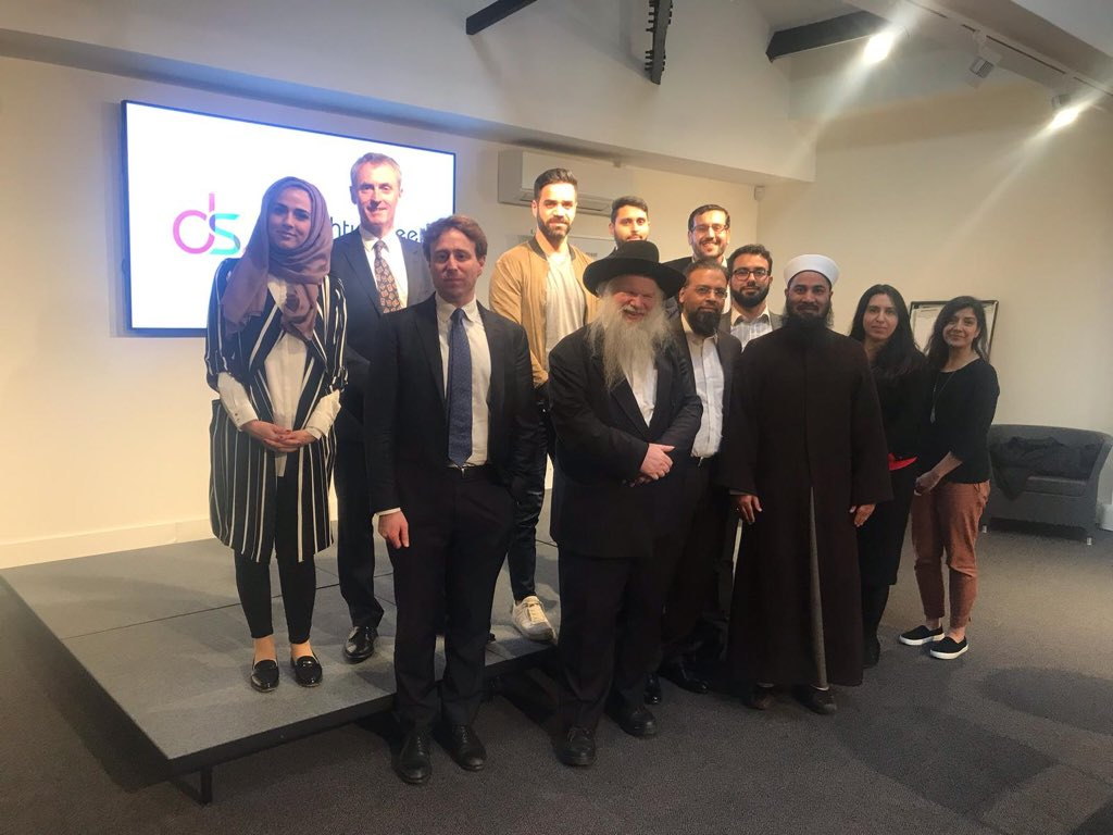 Today we attended a round table discussion on the laws around Islamophobia @DoughtyStreet   Thank you @AdamWagner1 for your insight & for hosting us @paulebowen @_JasvirSingh @MuhbeenH @mustafafield @RFarsi3 @Vakas_Hussain @HayyanAyaz @mustafafield @assocmuslimlaw