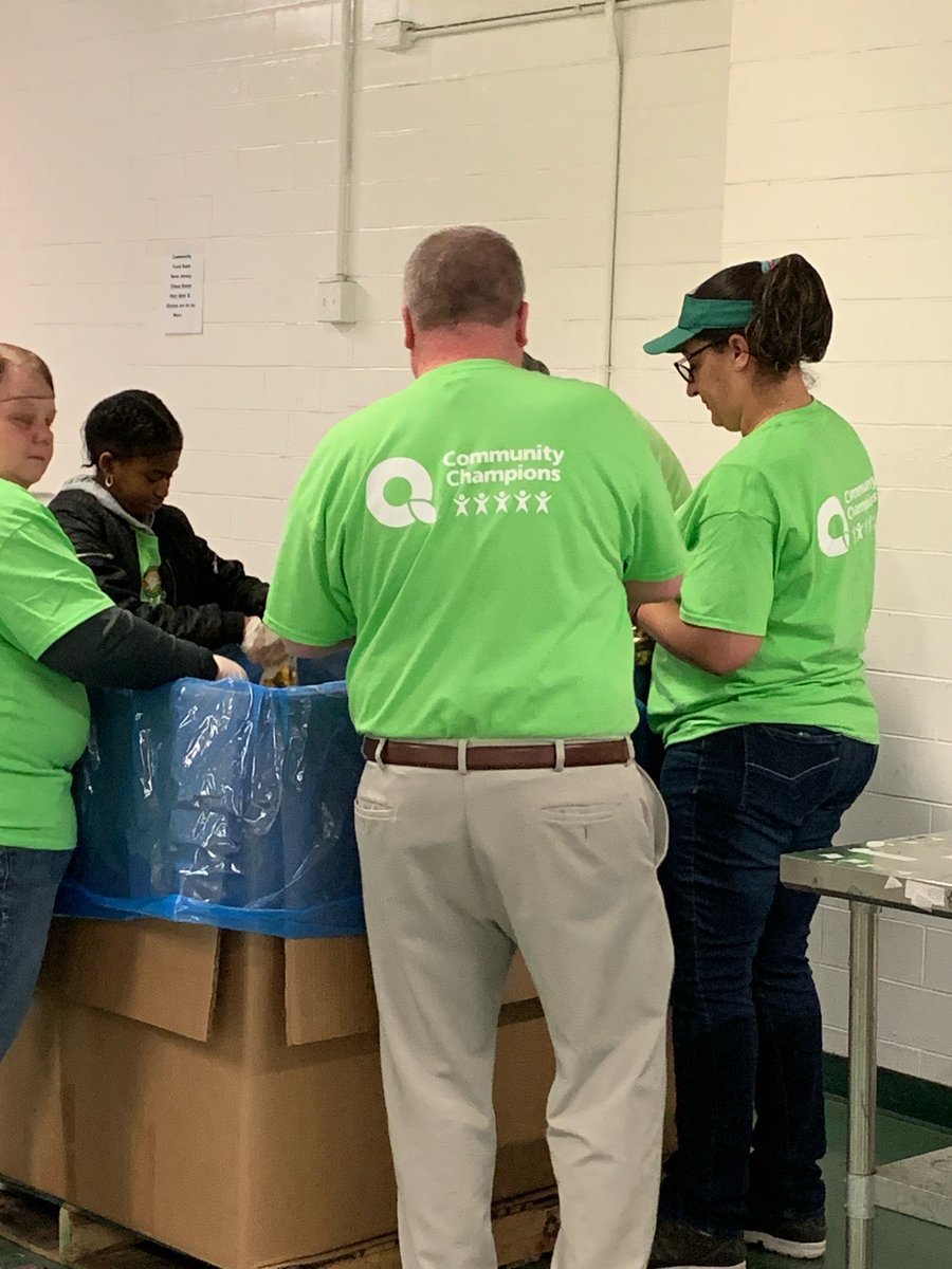 Today, we were joined by volunteers from @QuickChek , one of our Check-Out Hunger partners. They worked packing pasta in our clean room and had a lot of fun doing it! We are grateful for their year-round dedication to the FoodBank.