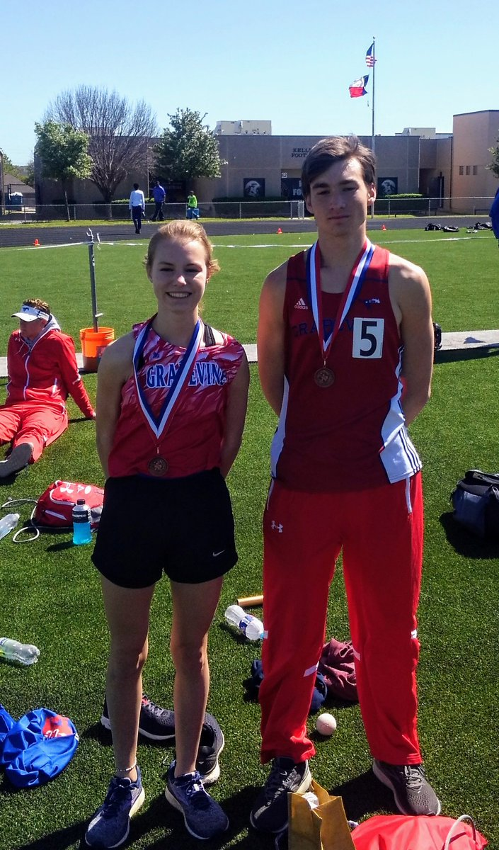 Congratulations to Jennifer Edelman and Caleb Strickland. Area 800m Bronze Medallist and Regional Qualifiers.  #GHSUnity<br>http://pic.twitter.com/AqGzbYIHbS