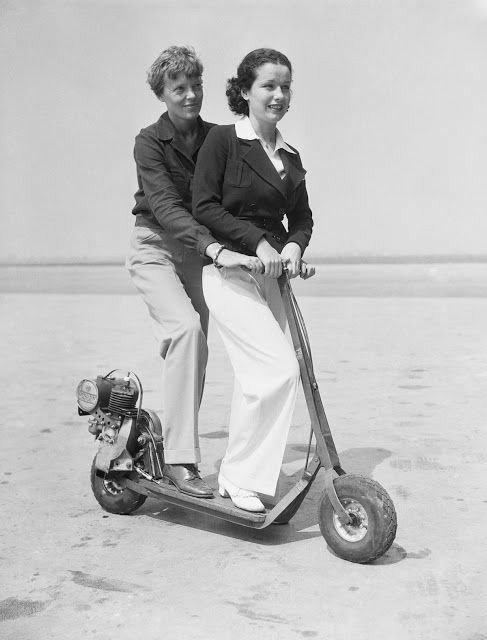 RT @SusanLCoen: Amelia Earhart and June Travis in an electric scooter, 1935. https://t.co/iK1Iwq7rEI