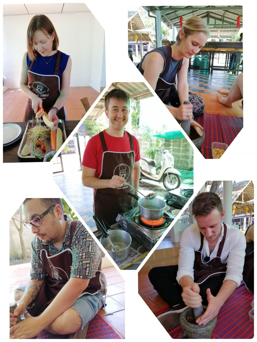 Thai cooking class at Lanna Smile Thai Cooking #chiangmai #thaicooking #reviewchiangmai #thailand #tasty #yummy #activities #cookingtime #food #foodie<br>http://pic.twitter.com/wmN7XdGFuH