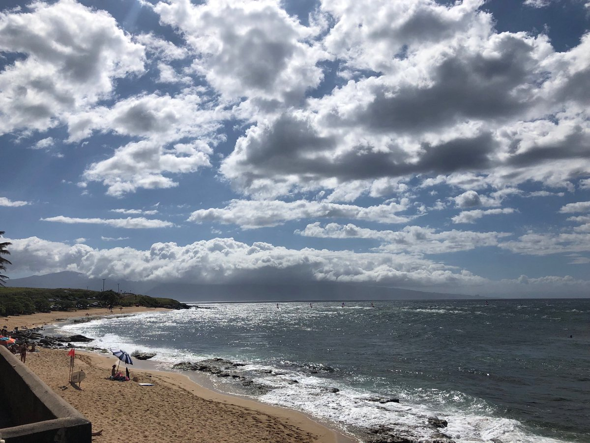test Twitter Media - Still windy on the North Shore. #cmweather #Maui #windsurf #hookipa https://t.co/LtPfhws93f