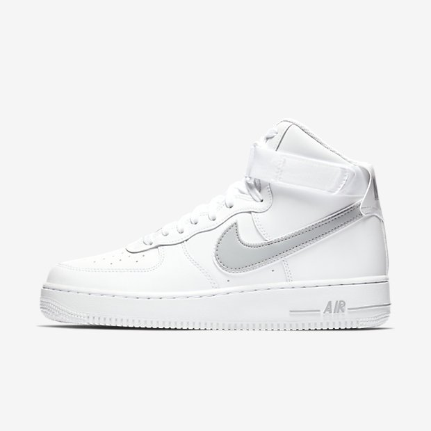 5f4b7a141330 Ad  Nike Air Force 1 High  07 3 dropped via Nike US     http   bit.ly 2Dnm9Tp pic.twitter.com a4iIZGpxpU
