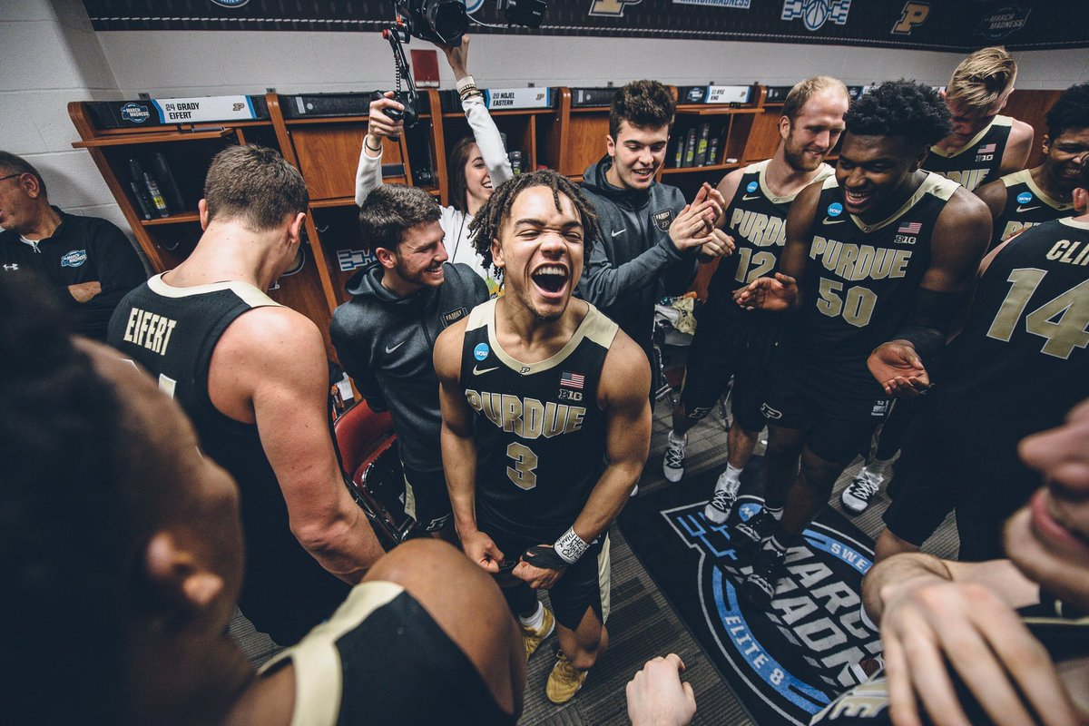 5 years ago I came to Purdue and never thought I would've had an amazing opportunity to work with an awesome program in @BoilerBall ...I have been so blessed with all of the places I've been and the venues I've seen. I've been to Taipei, Atlantis, & the Elite 8. https://t.co/sSnVSHqMER