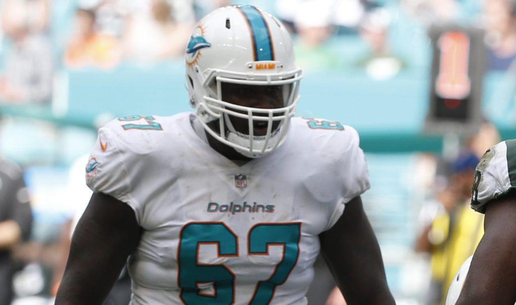 The @MiamiDolphins pick up Laremy Tunsil's fifth-year option. #NFL http://bit.ly/2VPusic
